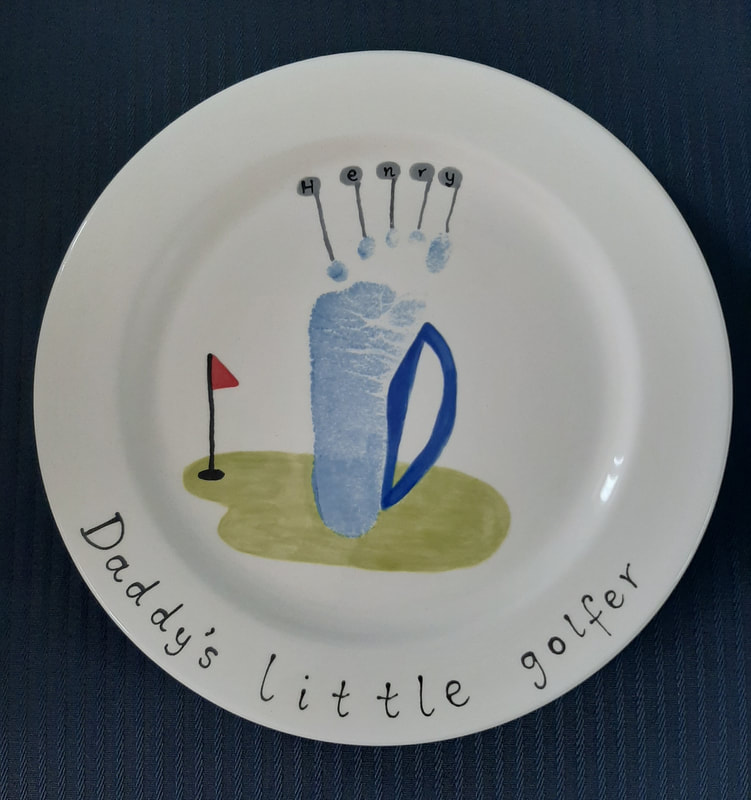 Dinner plate by Daddy's little golfer - footprint golf bag and clubs.